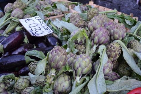 Carciofi at Ognina Market