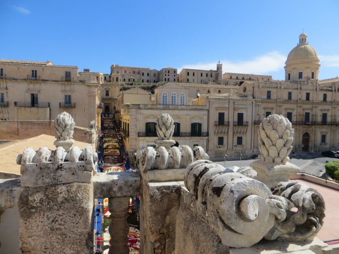 Noto: Blooming Lovely!